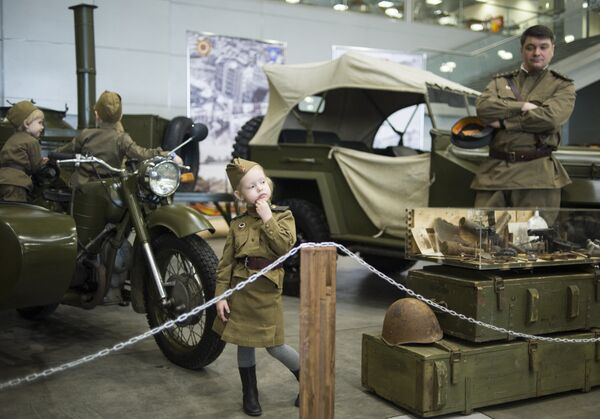 Международная выставка исторической военной техники Моторы войны - Sputnik Латвия