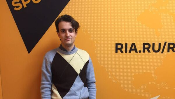 Итальянский публицист, независимый журналист Раффаэлло Лорето - Sputnik Латвия