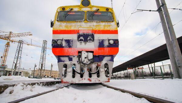 Эктропоезд АО Pasažieru vilciens  на Рижском железнодорожном вокзале - Sputnik Латвия