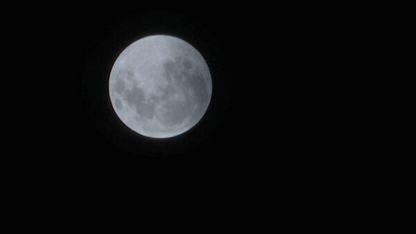 Затмение луны. Кадры от 21.01.2019 - Sputnik Латвия