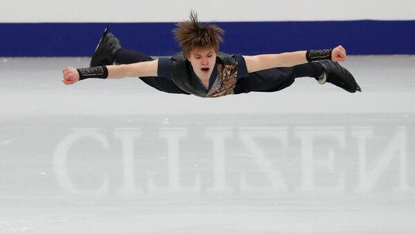 Латвийский фигурист Денис Васильев на чемпионате Европы по фигурному катанию в Минске - Sputnik Латвия