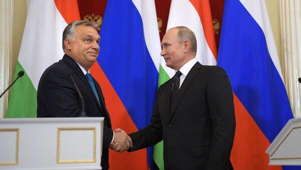 Встреча президента РФ В. Путина с премьер-министром Венгрии В. Орбаном - Sputnik Latvija
