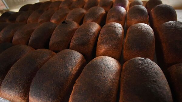 Хлеб из пекарни Хлеб-отец - Sputnik Латвия