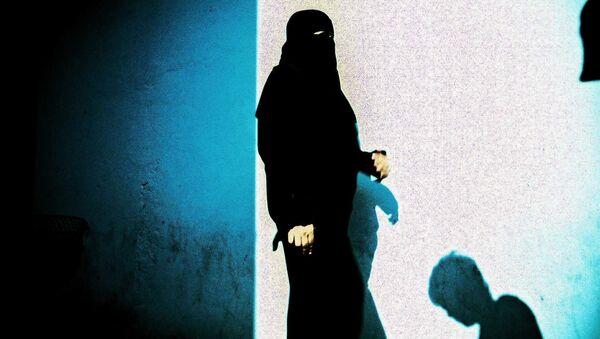 Мусульманка в хиджабе - Sputnik Латвия