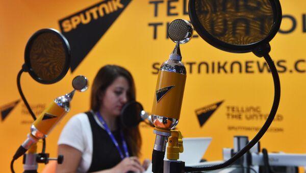 Студия радио Sputnik в Экспофоруме на Санкт-Петербургском международном экономическом форуме 2017 - Sputnik Latvija