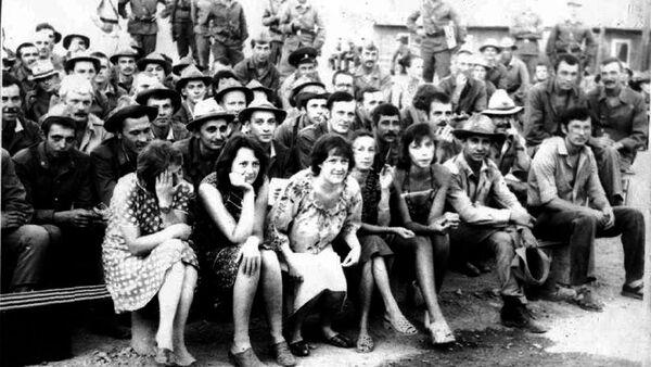 На концерте группы Каскад в Афганистане. Баграма,1984 год - Sputnik Латвия