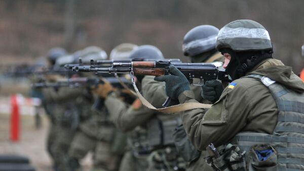 Подготовка пехоты Нацгвардии Украины по методике НАТО - Sputnik Латвия