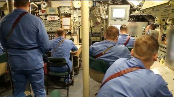 Во время испытания подводной лодки — носителя беспилотного комплекса Посейдон - Sputnik Latvija