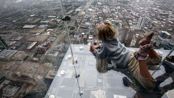 Смотровая площадка Skydeck ledge в Чикаго - Sputnik Латвия
