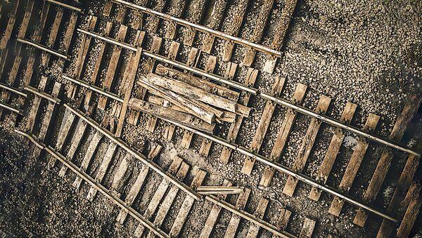 Разобранная железная дорога, архивное фото - Sputnik Латвия