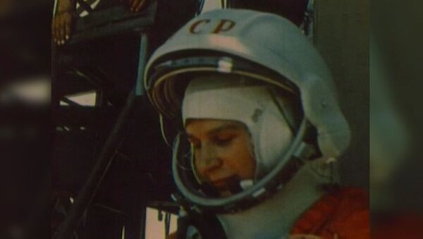 Всесоюзная Чайка: первая женщина-космонавт Валентина Терешкова - видео - Sputnik Латвия