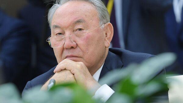 Президент Республики Казахстан Нурсултан Назарбаев - Sputnik Латвия