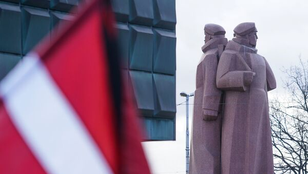 Памятник латышским стрелкам. - Sputnik Латвия