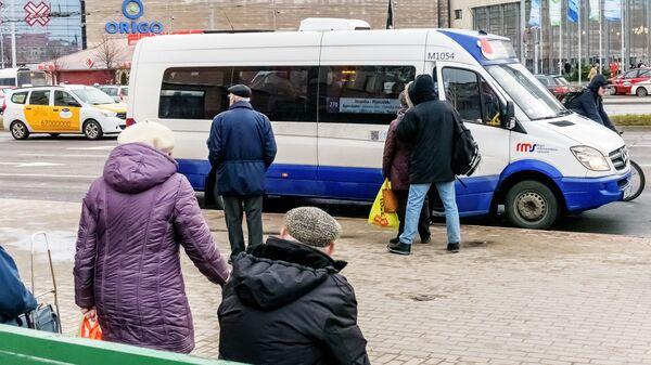 Рижский микроавтобус - Sputnik Latvija