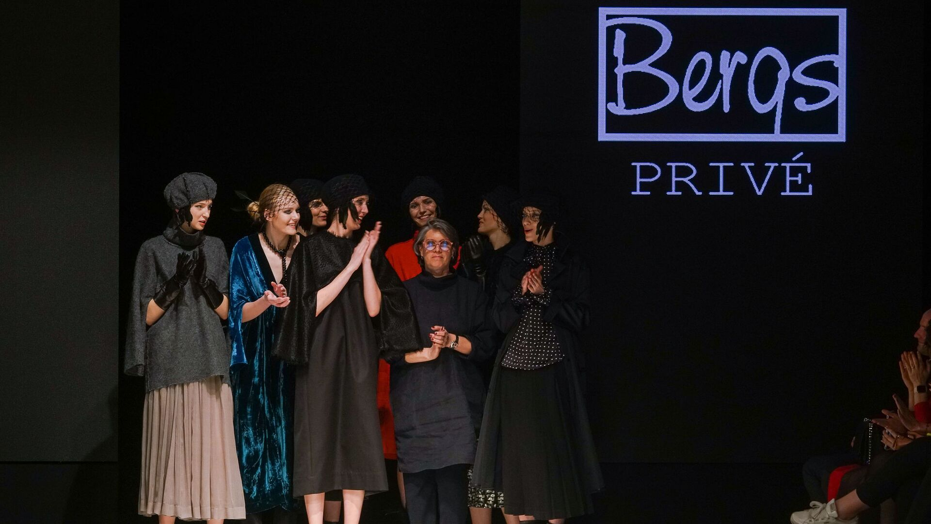 Показ одежды модного бренда Bergs Privé - Sputnik Латвия, 1920, 13.10.2021