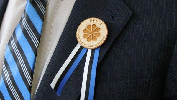 Значок с символикой Консервативной партии Эстонии (EKRE) - Sputnik Latvija