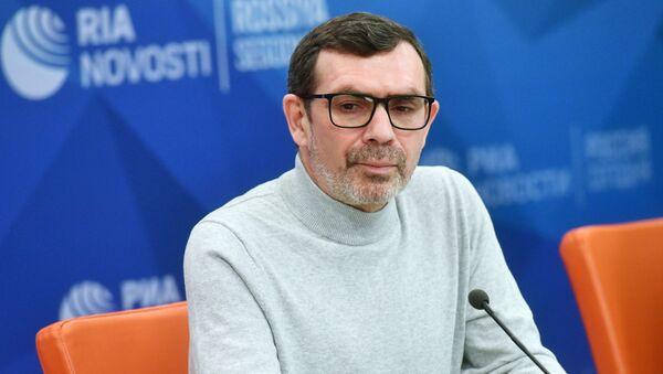 Автор текста диктанта 2019 года Павел Басинский - Sputnik Латвия