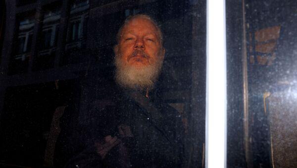 Основатель WikiLeaks Джулиан Ассанж - Sputnik Латвия
