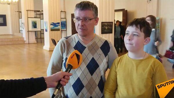 Латвийцы оценивают Тотальный диктант по русскому - Sputnik Латвия
