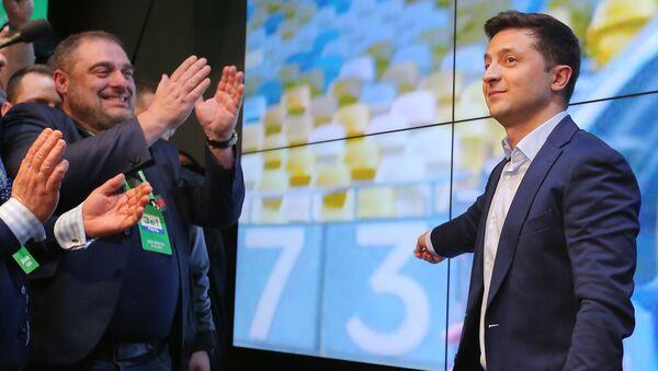 Второй тур выборов президента Украины - Sputnik Latvija