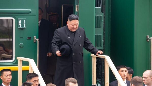 Приезд лидера КНДР Ким Чен Ына на станцию Хасан в Приморском крае - Sputnik Latvija
