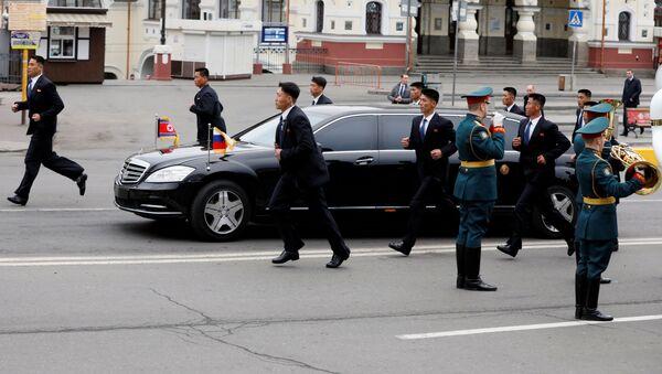 Лидер КНДР Ким Чен Ын во Владивостоке - Sputnik Latvija