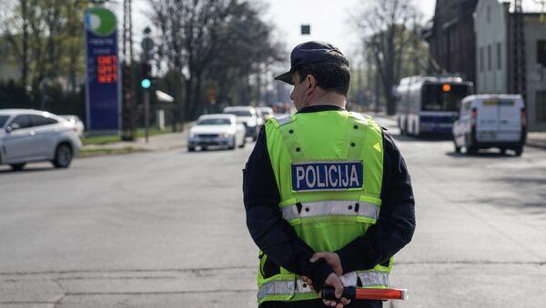 Закрыто движение по мосту на улице Деглава в Риге - Sputnik Латвия