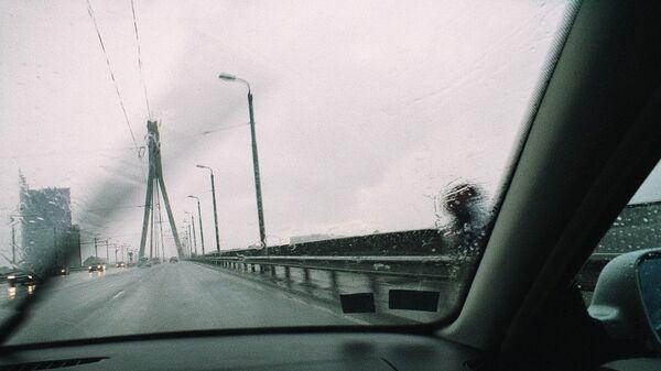 Сильный дождь в Риге - Sputnik Латвия