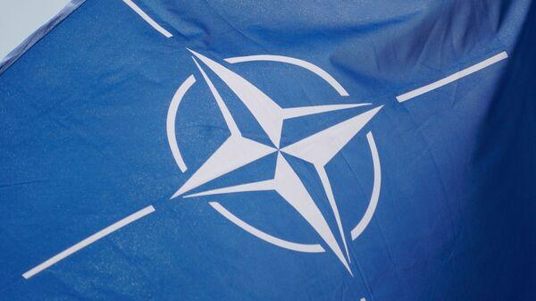 NATO karogs - Sputnik Latvija