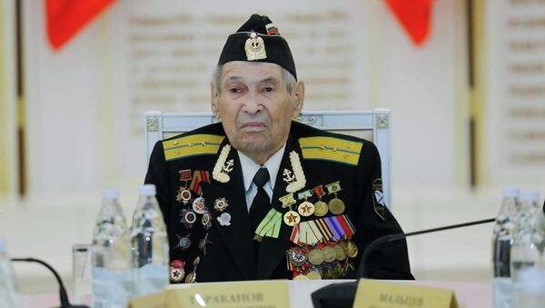 Иван Таракнов на приеме у губернатора в честь победы под Сталинградом - Sputnik Latvija