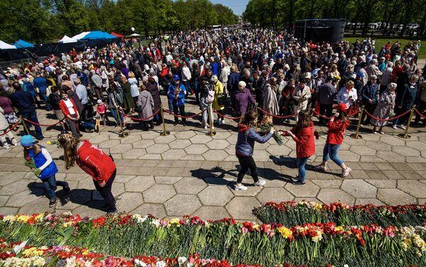 Праздничные мероприятие в День Победы в Риге  - Sputnik Латвия