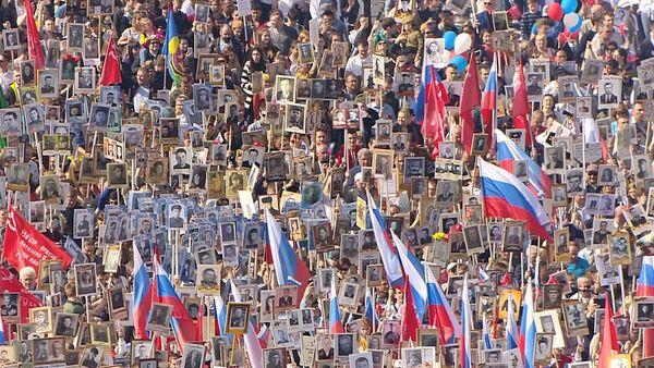 Шествие «Бессмертного  полка» по миру - Sputnik Латвия