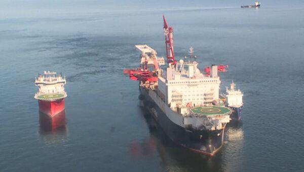 Укладка труб Северного потока - 2 в Балтийском море - Sputnik Латвия