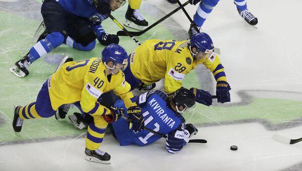 Матч Финляндия-Швеция чемпионата мира по хоккею - Sputnik Латвия
