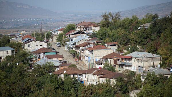 Город Степанакерт самопровозглашенной Республики Нагорный Карабах. Архивное фото - Sputnik Латвия