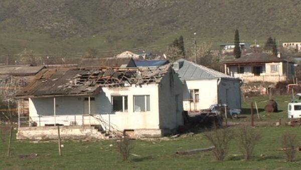 Разрушенный дом в Нагорном Карабахе - Sputnik Latvija