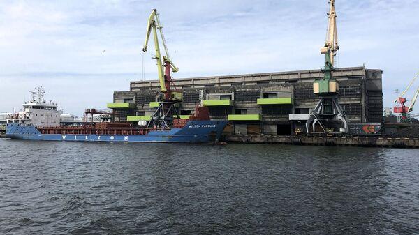 Вентспилсский порт - Sputnik Латвия