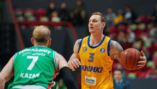 Баскетболист ЦСКА Янис Тимма (справа) - Sputnik Латвия