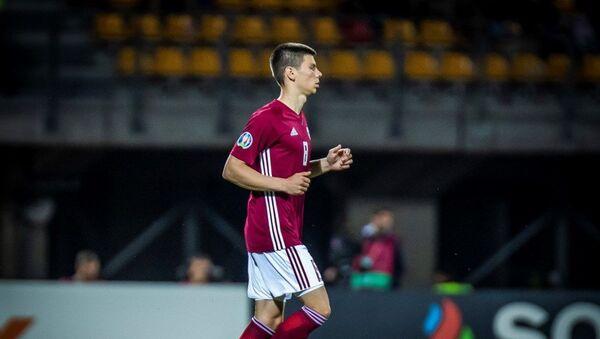 Латвийский футболист Даниэль Онтужанс  - Sputnik Латвия