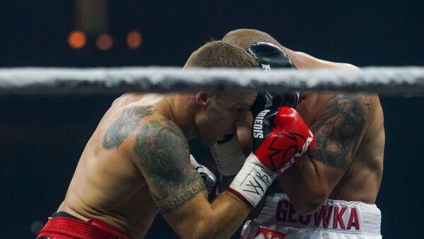 Полуфинал Всемирной боксерской суперсерии в Риге. Майрис Бриедис (Латвия) против Кшиштофа Гловацкого (Польша) - Sputnik Латвия