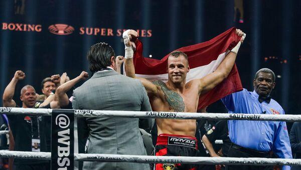 Полуфинал Всемирной боксерской суперсерии в Риге. Майрис Бриедис (Латвия) - Sputnik Латвия