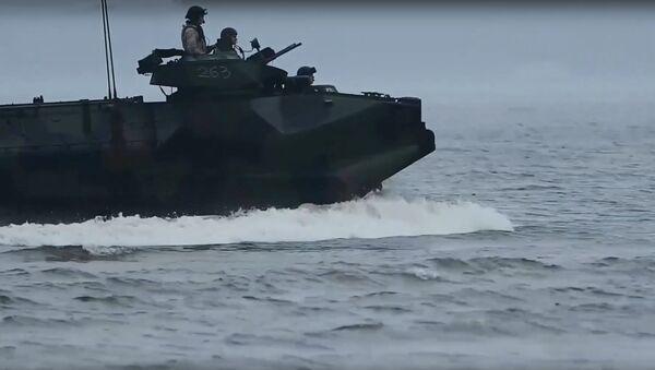 НАТО похвалилась кадрами репетиции морского захвата Латвии - Sputnik Латвия