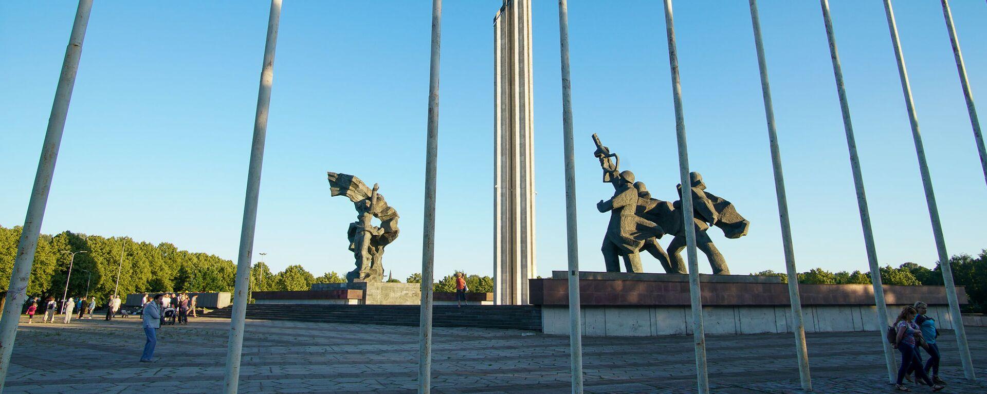 Памятник Освободителям Риги - Sputnik Latvija, 1920, 19.02.2021
