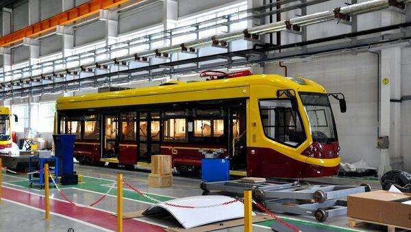 Сборка трамвая модели 71-911Е Сити Стар для Даугавпилса - Sputnik Латвия