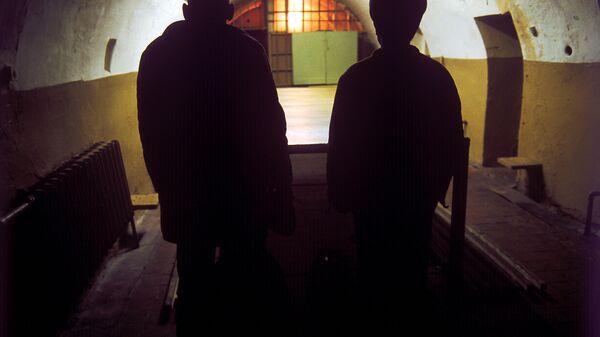 Осужденный в тюрьме - Sputnik Latvija