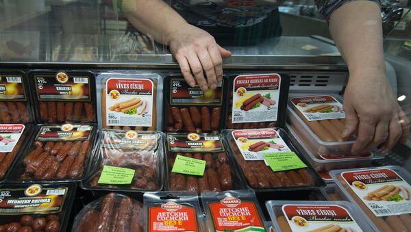 Продажа мясной продукции из Латвии - Sputnik Латвия