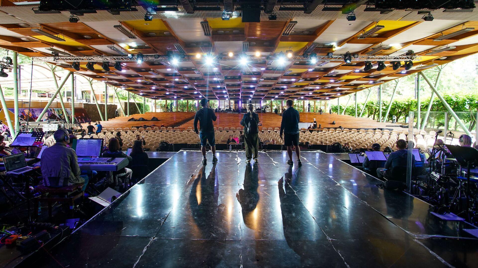 Так выглядит концертный зал Дзинтари глазами исполнителей со сцены - Sputnik Латвия, 1920, 17.07.2021