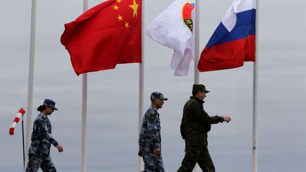 Российско-китайские военно-морския учения  - Sputnik Latvija