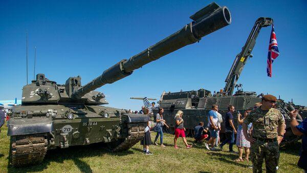 Британский основной танк Challenger - Sputnik Латвия