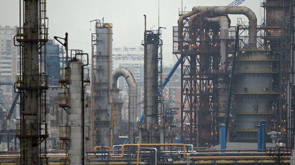 Нефтеперерабатывающее предприятие - Sputnik Латвия